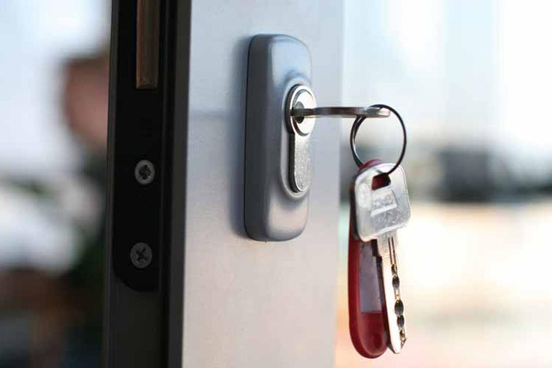 Bestil låsesmed med kort ventetid online
