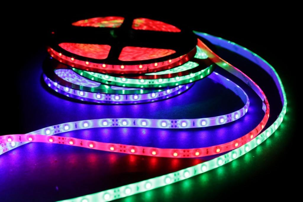 Bestil de bedste LED strips til prisen på nettet